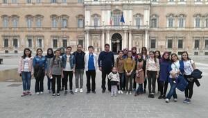Manisalı öğrencilere yurtdışında Erasmus stajı