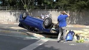 İnanılmaz kaza.. Taklalar attı, metrelerce sürüklendi