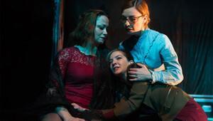 ' Üç Kız Kardeş ' son kez festival izleyicisiyle