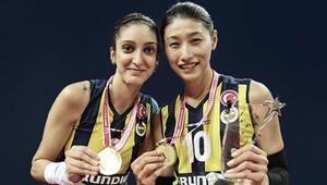 Fenerbahçe'de üç imza birden!