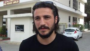 Futbolcuyu 'Hırsız' diye uçaktan indirttiler