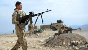 Afganistan'da ABD konvoyuna intihar saldırısı