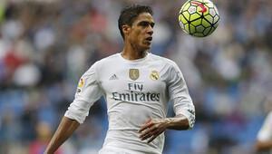 Real Madridli Varane sakatlandı
