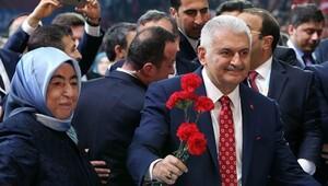 AK Parti kongresinde yeni genel başkan Binali Yıldırım