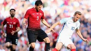 İngiltere 2-1 Türkiye (Maç özeti)