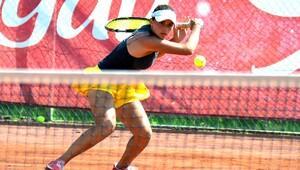 Tenis milli takım seçmeleri Adana'da yapılıyor
