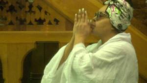 Bülent Ersoy, Oya Aydoğan için dua etti