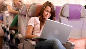 Öğrencilere indirimli uçuş imkanı