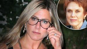 Jennifer Aniston annesiyle görüşmüyor