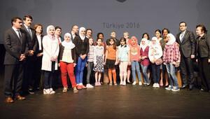 Türk bilimine 'Aziz' eleştiri