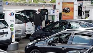 Fransa'da benzin krizi devam ediyor