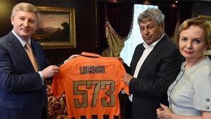 Lucescu'ya özel veda!