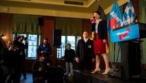 Almanya'da aşırı sağcı parti lideri hakkında soruşturma