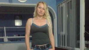 Üzerine benzin dökülerek yakılan kadın hastanede öldü