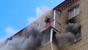 Yangından kurtulmak için beşinci kattan aşağı atladılar