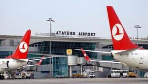 Atatürk Havalimanı 20 dakika uçuş trafiğine kapatıldı