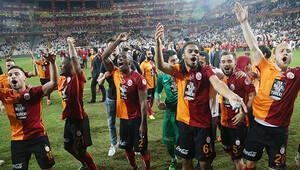 Denayer, Galatasaray'a veda etti