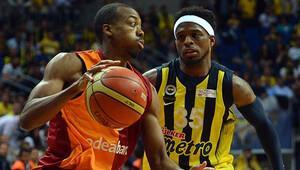 Galatasaray - Fenerbahçe basket maçı hangi kanalda, saat kaçta?