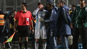 Messi milli maçta sakatlandı