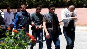 İzmir'i şok eden cinayete 3 tutuklama