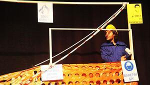 Kazasız Kul Olmaz oyununda seyirciler emniyet kemeri taktı