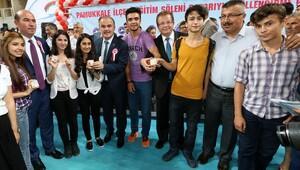 Pamukkale'den 575 başarılı öğrenciye altın