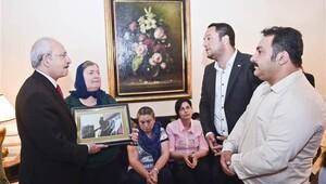 Kılıçdaroğlu, Gezi Parkı eylemlerinde ölenlerin aileleriyle görüştü
