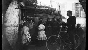 1891 yılında bisikletle dünya turu yapan iki kafadarın çektiği enfes fotoğraflar