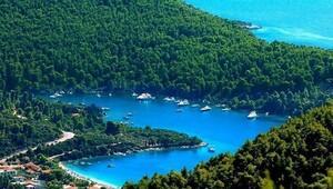 Tekne ile gizemli Yunan adaları seyahati