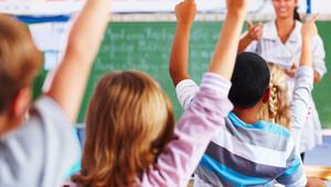 Eğitim Bilimci Prof. Dr. Michael Apple: Demokratik okulda öğrenci sesi daha çok duyuluyor