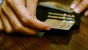 'Kredi kartında deniz bitti, tüketici kredisi koşar adım'
