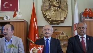 Kılıçdaroğlu'ndan şehit aileleri derneğine ziyaret