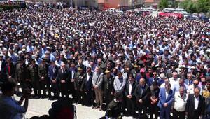 Şehit uzman çavuş Yüksel'i, Aksaray'da 5 bin kişi uğurladı