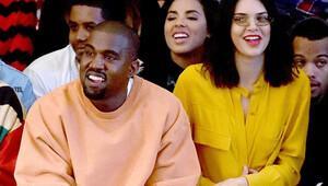 Kendall Jenner katıldığı bir defilede kısa saçlarıyla görüntülendi