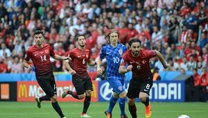 Türkiye ilk maçında Hırvatistan'a mağlup oldu! (Maç özeti)