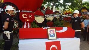 Şehit polis Nihat Şener, Adana'da toprağa verildi