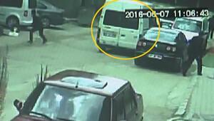 Muş'ta ele geçirilen bomba yüklü minibüsün görüntüleri ortaya çıktı