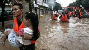 Çin'de etkili yağışlar can aldı!