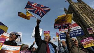 Almanya: İngiltere çıkarsa AB dağılabilir
