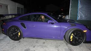 Bu renk otomobili başka kim kullanır ki