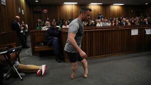 Pistorius'un yargılandığı davada kanlı görüntüler yayınlandı