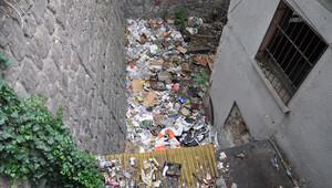 Bahçe çöplüğü