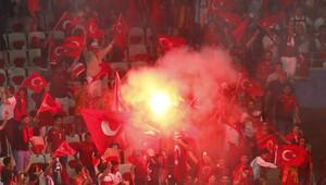 Fransa'da 12 Türk'e gözaltı