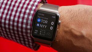 Yeni Apple Watch'ta kamera da olacak