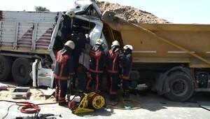 Şile'de hafriyat kamyonları çarpıştı: 1 kişi öldü