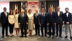 TED'li liderler eğitim için buluştu