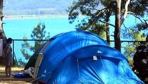 Otellere alternatif çadır tatili