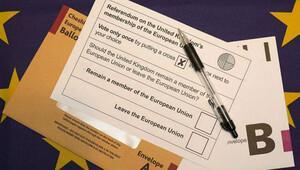 İngiltere'nin AB referandumuna 2 gün kala anketler başa baş