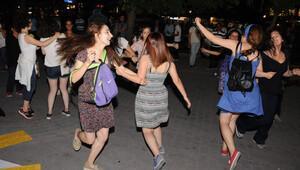 Eskişehir'de kadınlar Çilem Doğan'ın serbest bırakılmasını kutladı