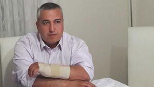 Hasta yakını doktorun kolunu kırdı